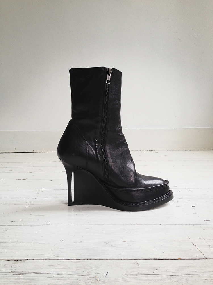 Ann Demeulemeester black slit wedge boots (39.5) — fall 2010 | shop at vaniitas.com