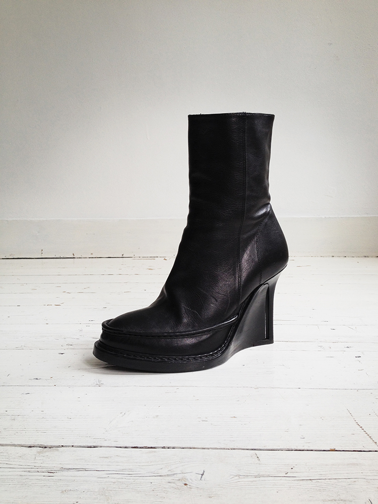 Ann Demeulemeester black slit wedge boots 1712 fall 2010 runway