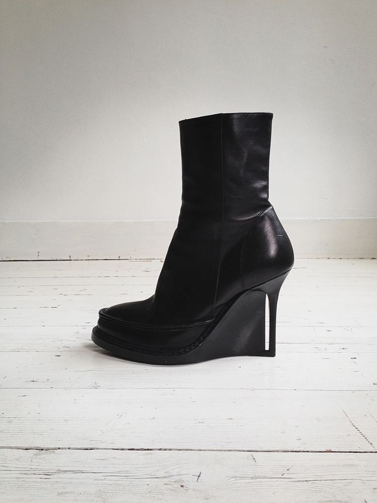 Ann Demeulemeester black slit wedge boots 1714 fall 2010 runway