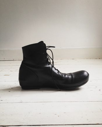 The Viridi-Anne black perforated boots