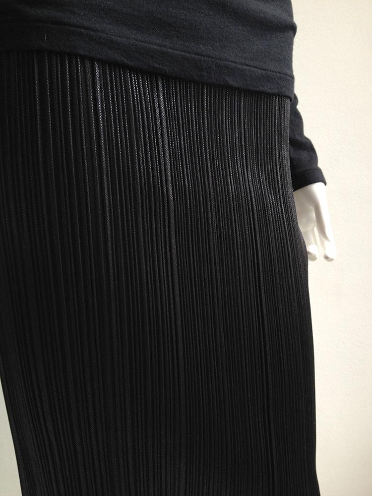 3c56bab18e Issey Miyake Pleats Please black maxi skirt | V A N II T A S