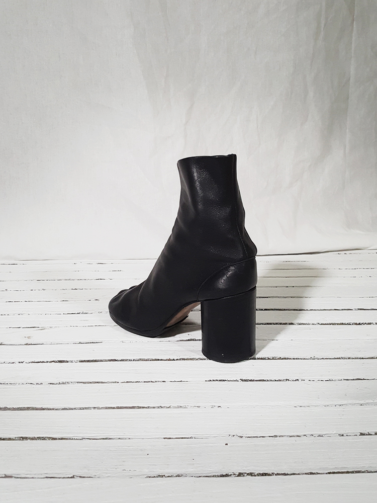 archive Maison Martin Margiela black leather tabi boots with block heel_151641