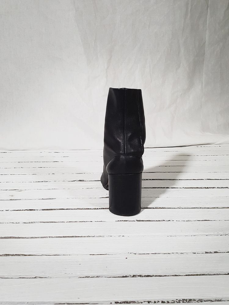 archive Maison Martin Margiela black leather tabi boots with block heel_151650