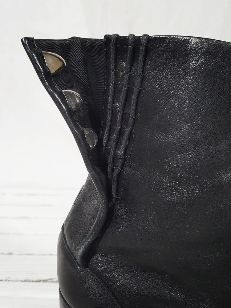 archive Maison Martin Margiela black leather tabi boots with block heel_151834