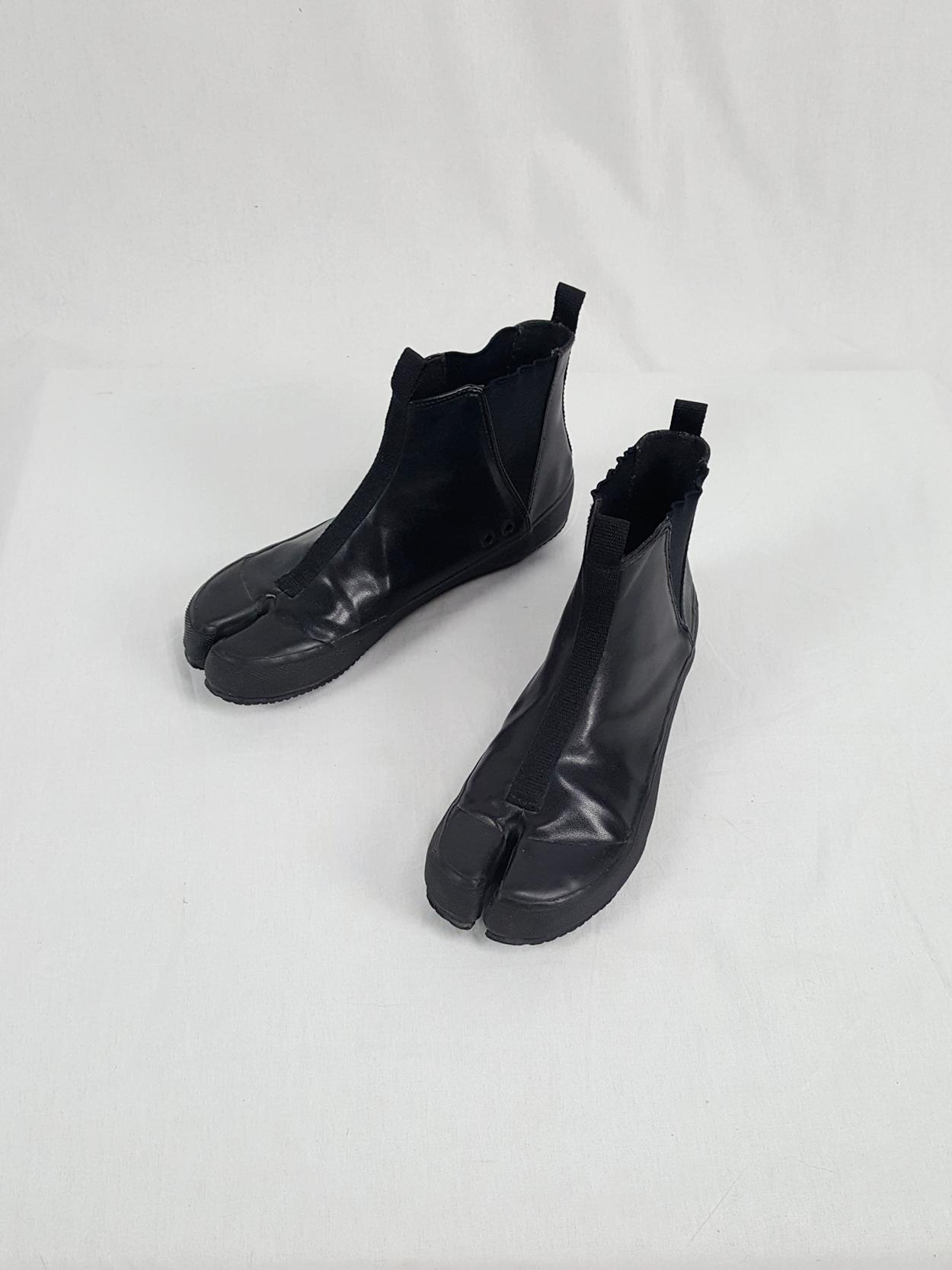 vintage Maison Martin Margiela 6 black tabi slip-on boots — spring 2003