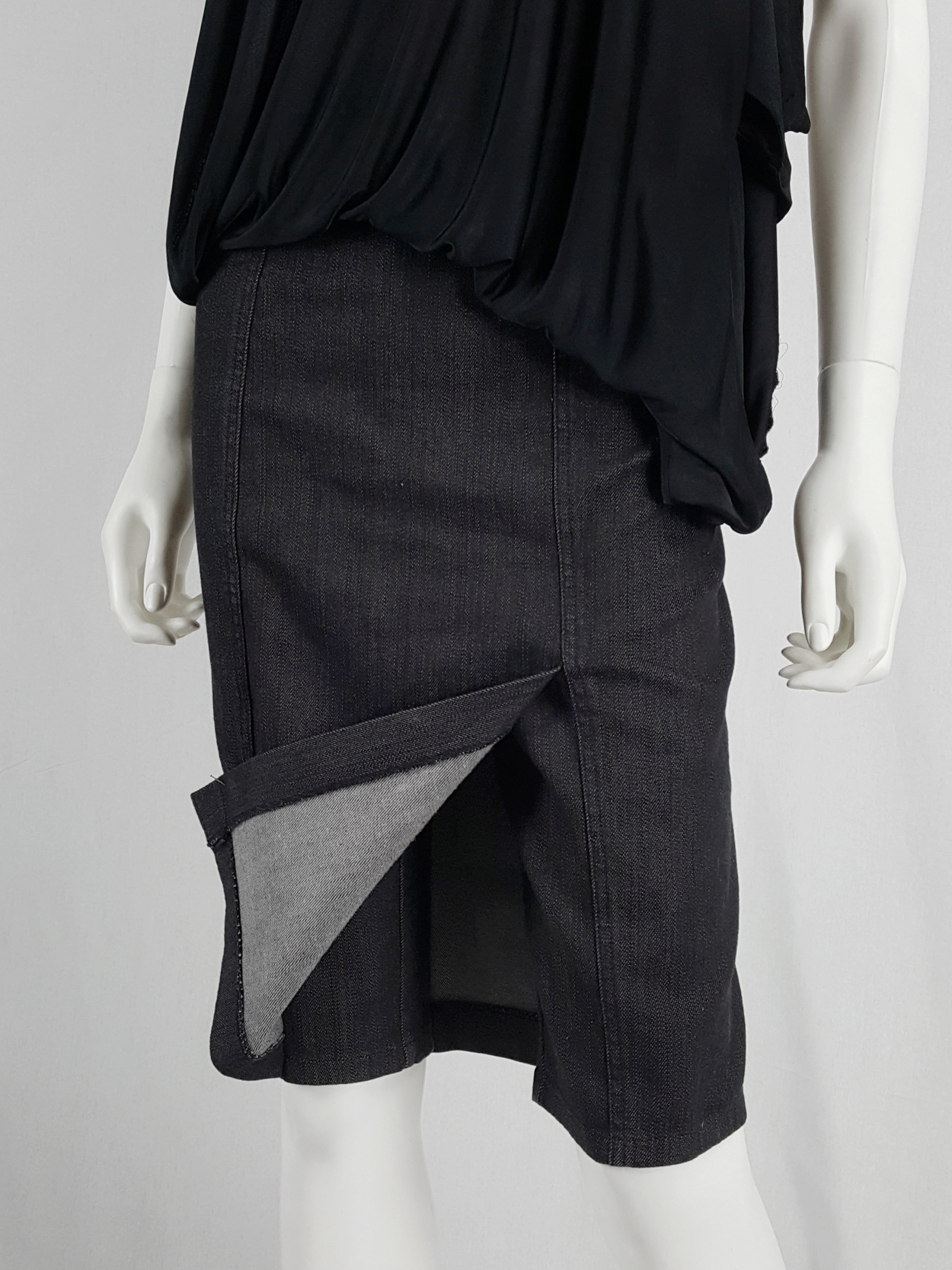 vaniitas archival Maison Martin Margiela denim skirted shorts with front flap runway fall 2007 154942