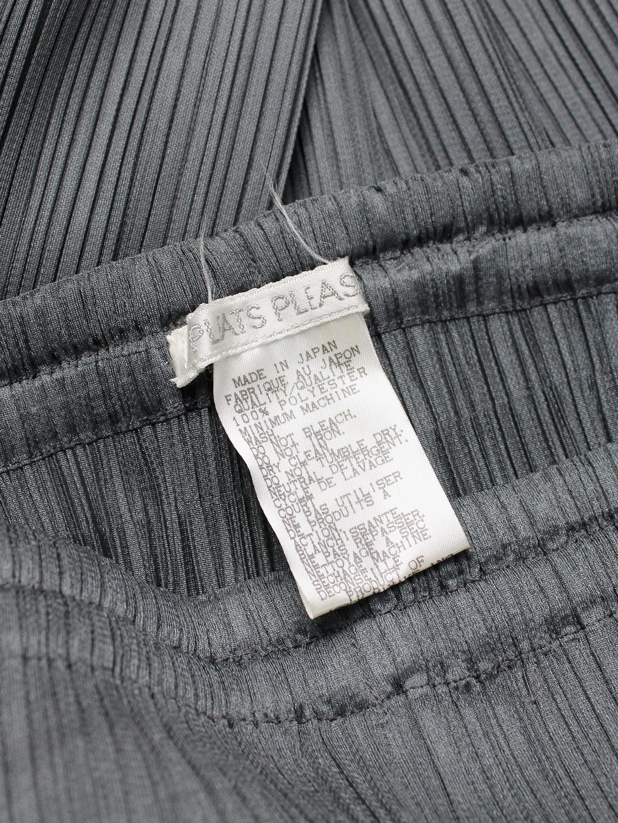 vaniitas vintage Issey Miyake Pleats Please grey trousers with fine pleats 3255